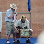 День Фехтовальщика 2010. Ведущие праздника Дмитрий Тейбер-Лебедев и Георгий Кобиашвили