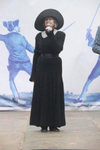 Председатель Санкт-Петербургского Фехтовального Клуба Алина Тулякова в 15-й раз открывает ежегодный петербургский праздник День Фехтовальщика. Фото: Anton Yarko