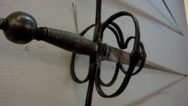 Оружие на выставке СО ЗНАНИЕМ ДЕЛА