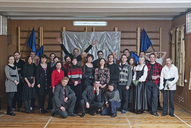 Фехтовальщики на Святочном вечере в СПбФК в 2011 году. Фото: Виталий Фёдоров