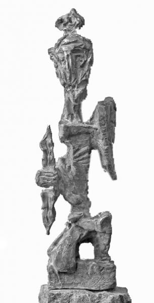 Мхоян Эдуард. Воин. 2005. Бронза, камень, 40 х 15 х 8