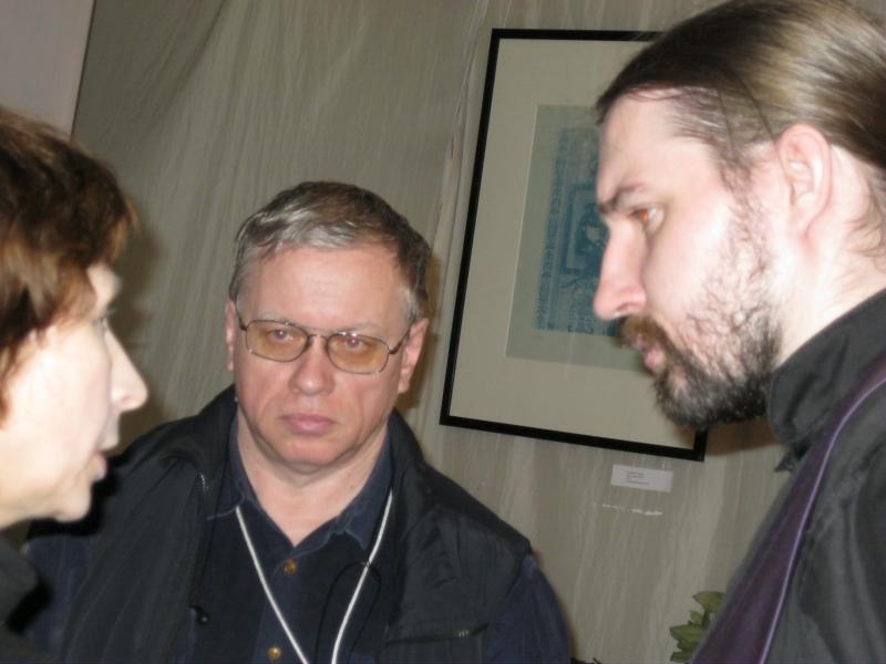 Михаил Шеремет(в центре), рапирист и Михаил Федотов, занимается саберфайтингом