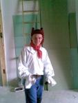 Фехтмейстер Руслан Каприлов играл роль самого себя - учителя фехтования