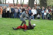 Выступает Школа Фехтовальных Искусств Сергея Мишенева