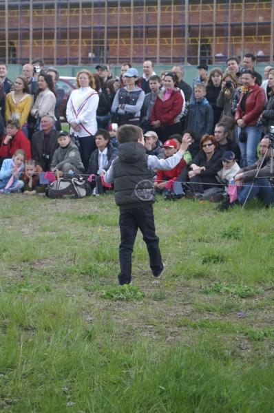 Дети рады празднику День Фехтовальщика