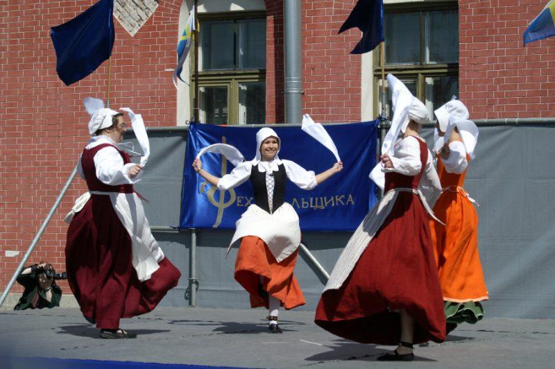 День Фехтовальщика 2011. Ансамбль танцев эпохи Возрождения