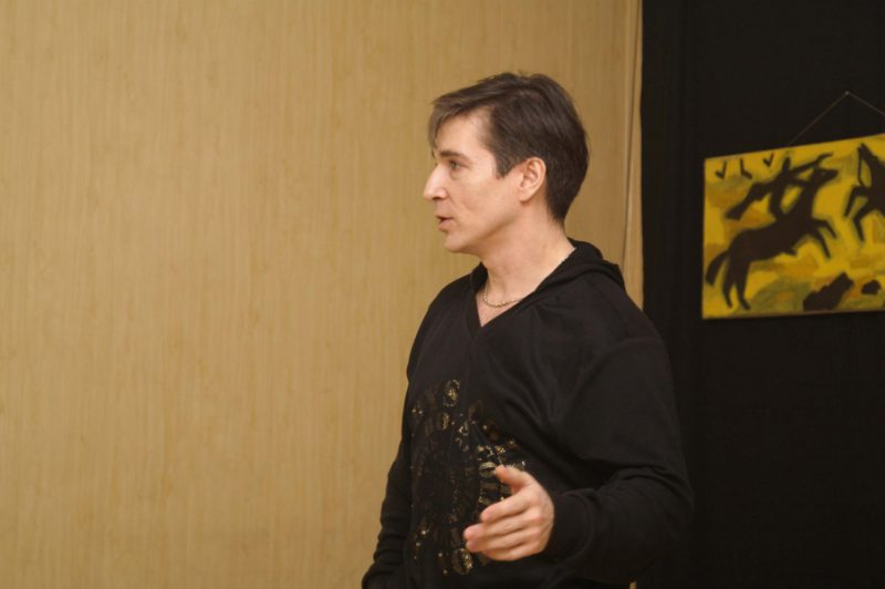 Мишенев Сергей,руководитель Школы фехтовальных искусств С.Мишенева
