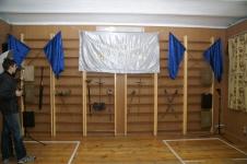 Начало вечера. Главное - оружие и знамя СПбФК. Оружие из коллекций Пьера и Руслана Каприлова,