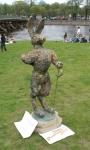 Заяц-фехтовальщик на Заячьем острове на празднике День Фехтовальщика.