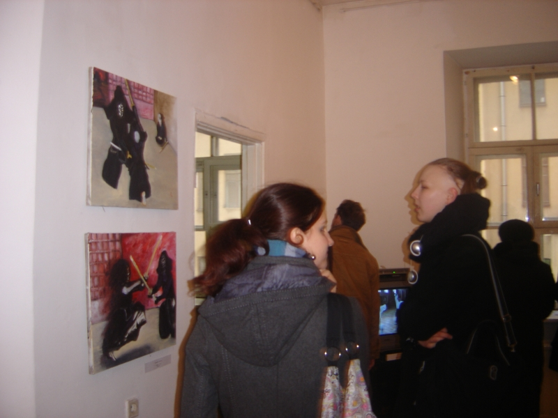 Картины Владимира Соловьева привлекаю любителей восточного фехтованияели вос