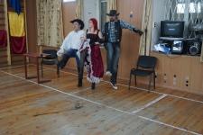 Сцена из новогоднего вступления фехтовального клуба Парад-Рипост