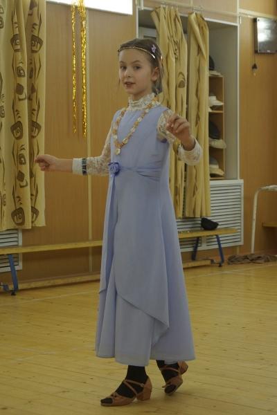 30. Варенька танцует