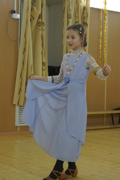 31. Варенька танцует